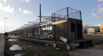 Estação que ainda não foi concluída na Zona Norte do Recife