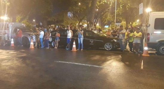Gabriel Diniz: Corpos de vítimas de acidente aéreo chegam ao IML