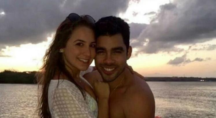 Gabriel Diniz e a namorada