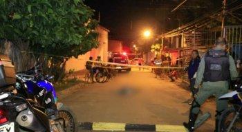 O jovem baleado foi socorrido para o Hospital da Restauração, no Recife