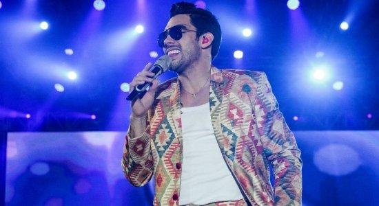 Familiares homenageiam Gabriel Diniz no dia em que o cantor faria 29 anos