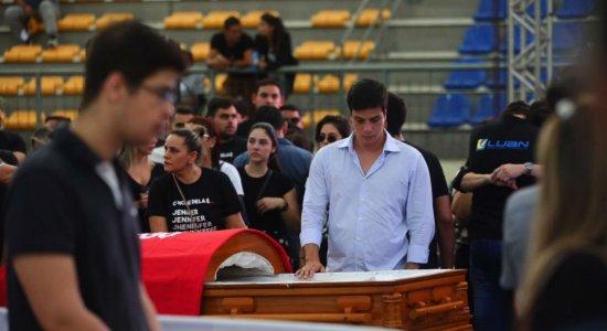 Velório do cantor Gabriel Diniz é realizado no Ginásio Poliesportivo Ronaldão, em João Pessoa (PB)