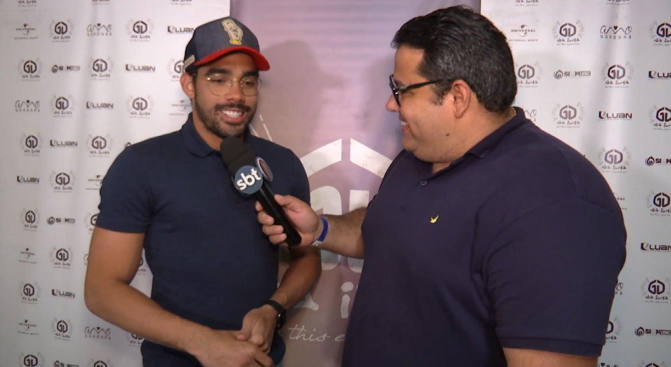 Gabriel Diniz concedeu entrevista a Thiago Lagos, da TV Jornal Interior, em dezembro