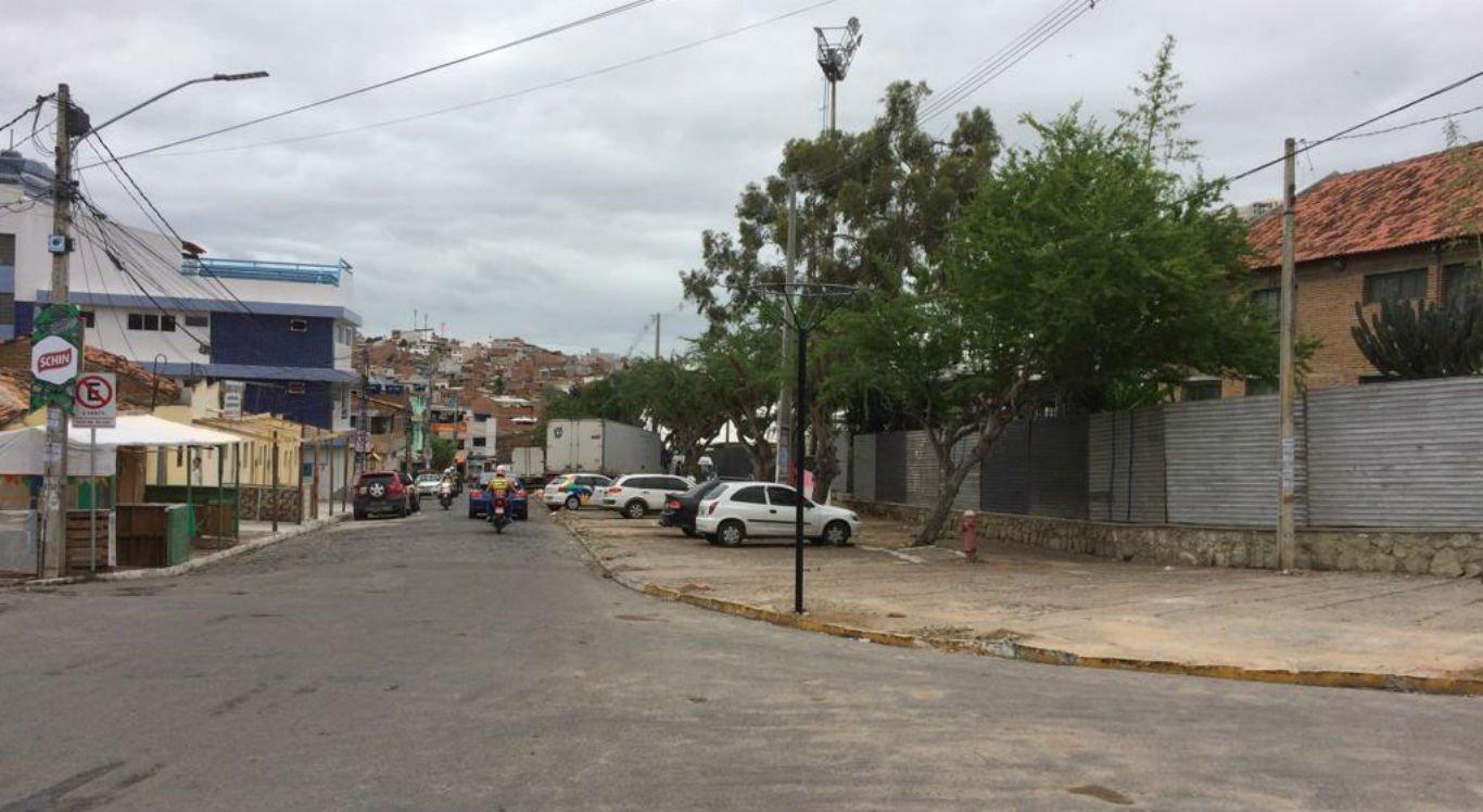 Travessa Manoel Surubim é uma das vias que será interditada durante o São João