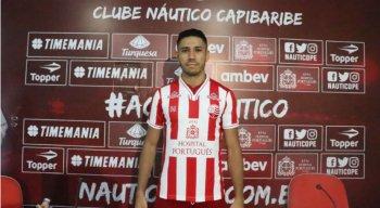 Neto foi apresentado na tarde de ontem (29) no Centro de Treinamento do clube alvirrubro.