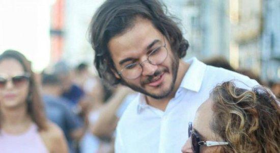 Em protesto no Recife, Túlio Gadêlha diz que governo está desorientado