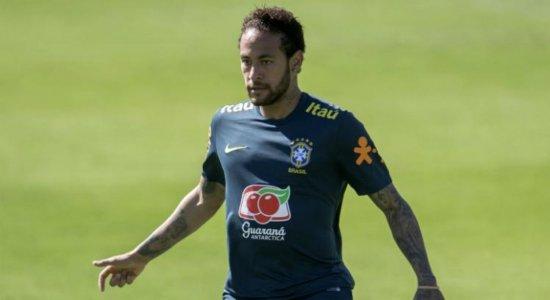 Neymar rebate acusação de estupro e divulga conversas com mulher