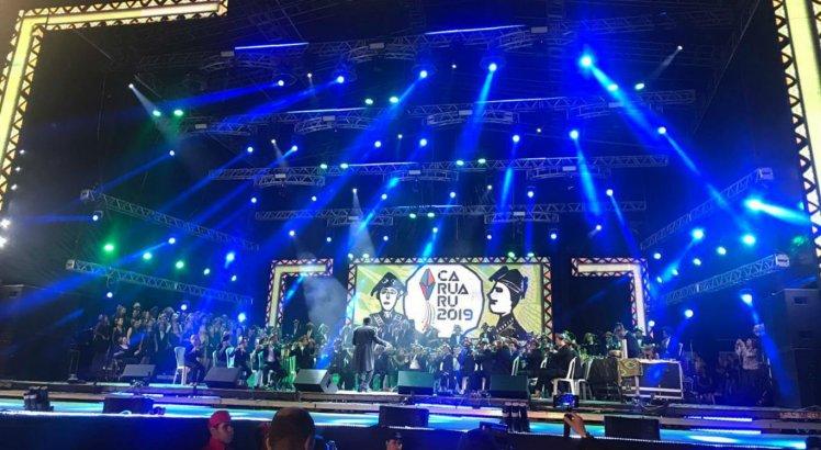 Maestro Mozart Vieira e orquestra de pífanos foi a primeira atração da noite de abertura