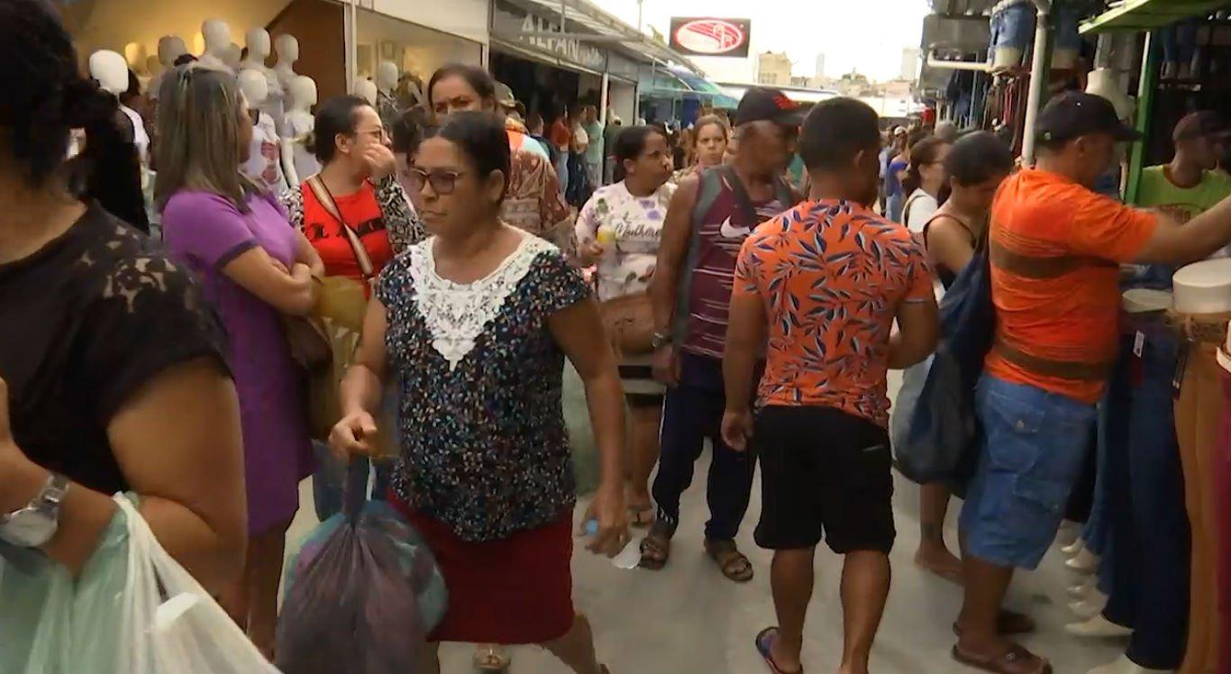 Feirantes estão na esperança de crescimento nas vendas neste São João