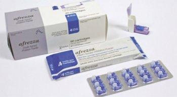 O medicamento é comercializado no formato de pó, em cartuchos com três tipos de dosagem