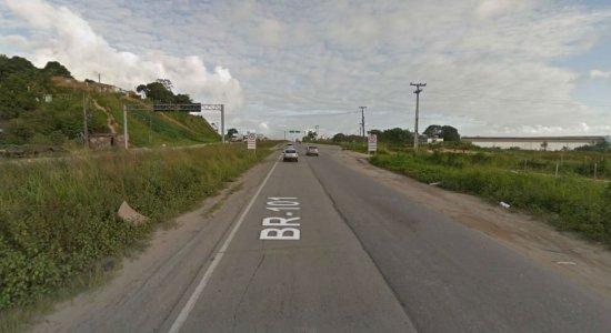 Duas jovens morrem em acidente de carro em Jaboatão