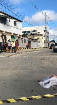 Mototaxista tentou correr, mas foi atingido por seis disparos