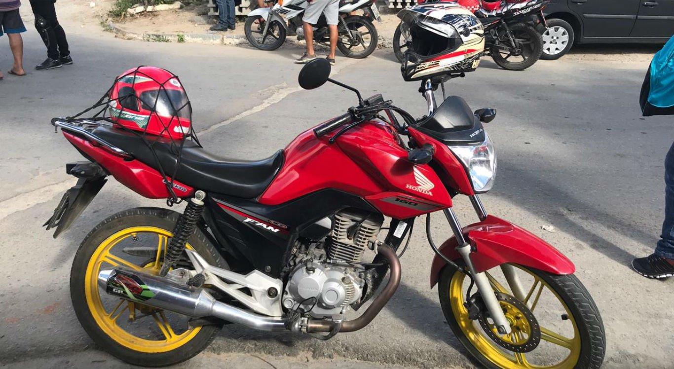 Mototaxista foi assassinado próximo ao ponto em que fazia mototáxi