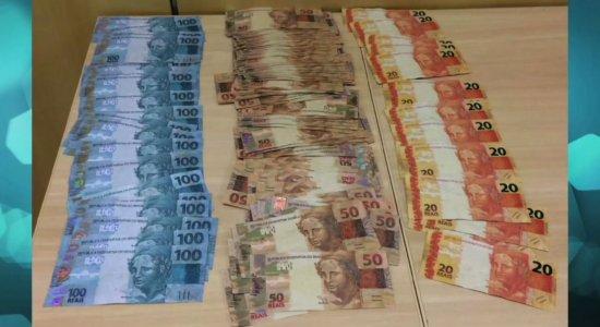 Polícia Federal prende trio com quase 10 mil reais em notas falsas