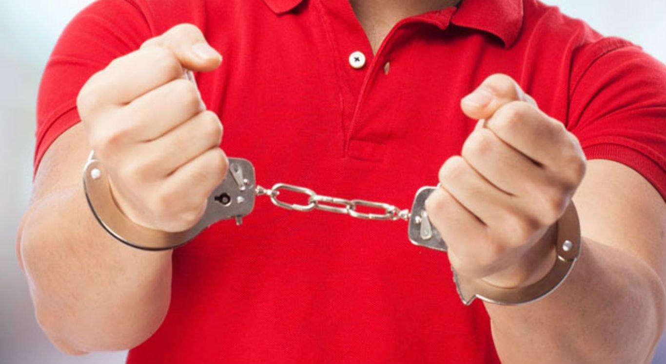 Suspeito foi preso e levado para a Delegacia de Passira