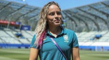 A zagueira Mônica será a capitã da seleção brasileira