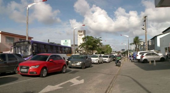 Obra da Compesa altera trânsito em Olinda
