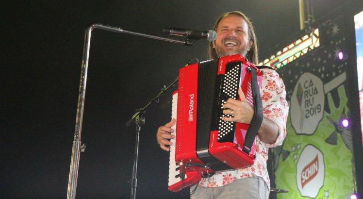Cantor Dorgival Dantas foi a segunda atração da noite no Pátio do Forró