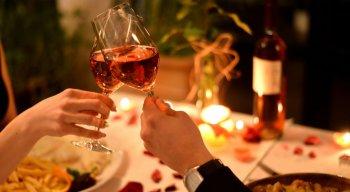 O Dia dos Namorados é celebrado no dia 12 de junho