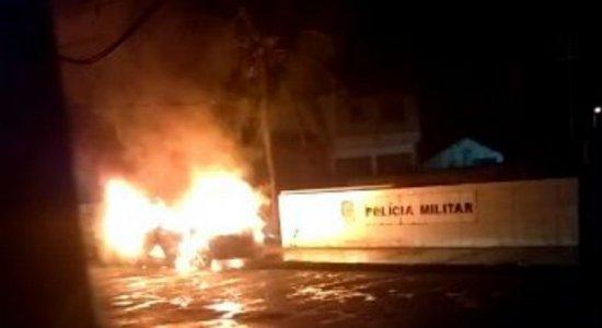 Base da Polícia Militar é alvo de ataque após combate a ação criminosa