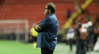 O técnico, Guto Ferreira, analisou o baixo desempenho da equipe antes dessa parada para a Copa América
