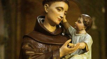 Santo Antônio foi canonizado em 1.231