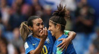 Marta e Cristiane foram autoras dos dois gols brasileiros