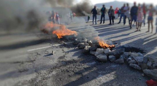 Pernambuco amanhece com protestos contra a reforma da Previdência