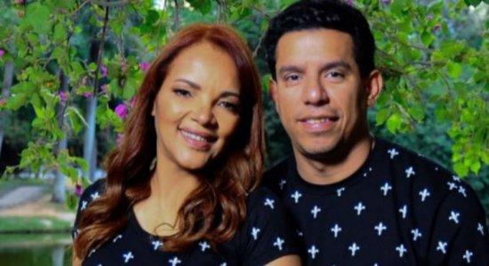Flordelis posta homenagem ao ex-marido: você segue vivo dentro de mim