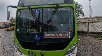 Dois ônibus que da linha Jardim Brasil/ Rio Doce foram beneficiados