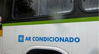 Dois ônibus climatizados começaram a circular em Olinda
