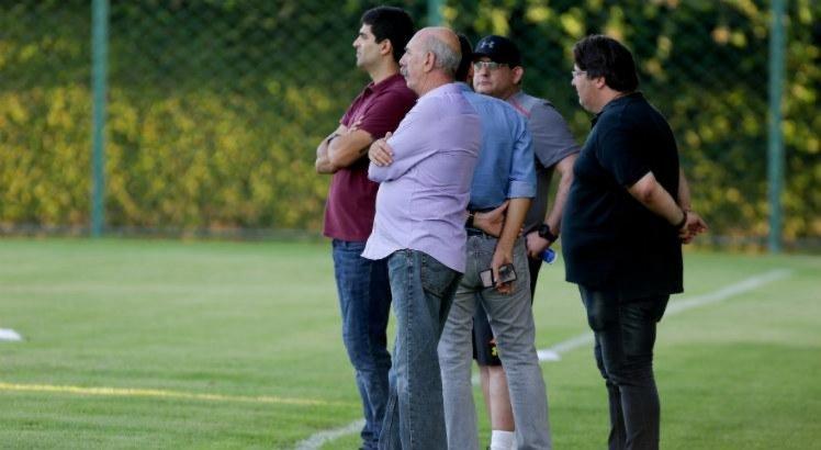 Sport analisa elenco e não descarta dispensar jogadores
