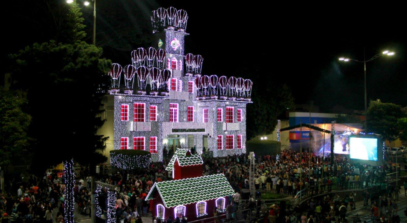 Magia do Natal começa no mês de novembro em Garanhuns, no Agreste