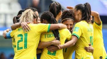 Seleção acumula uma derrota e uma vitória na Copa