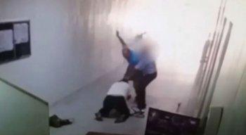 Agressão foi filmada por uma câmera de segurança