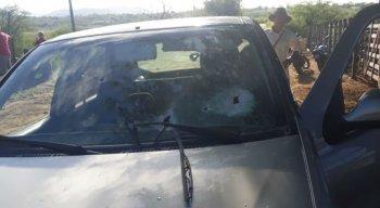 Pai do vice-prefeito de Pedra foi morto quando estava dentro de carro na zona rural do município