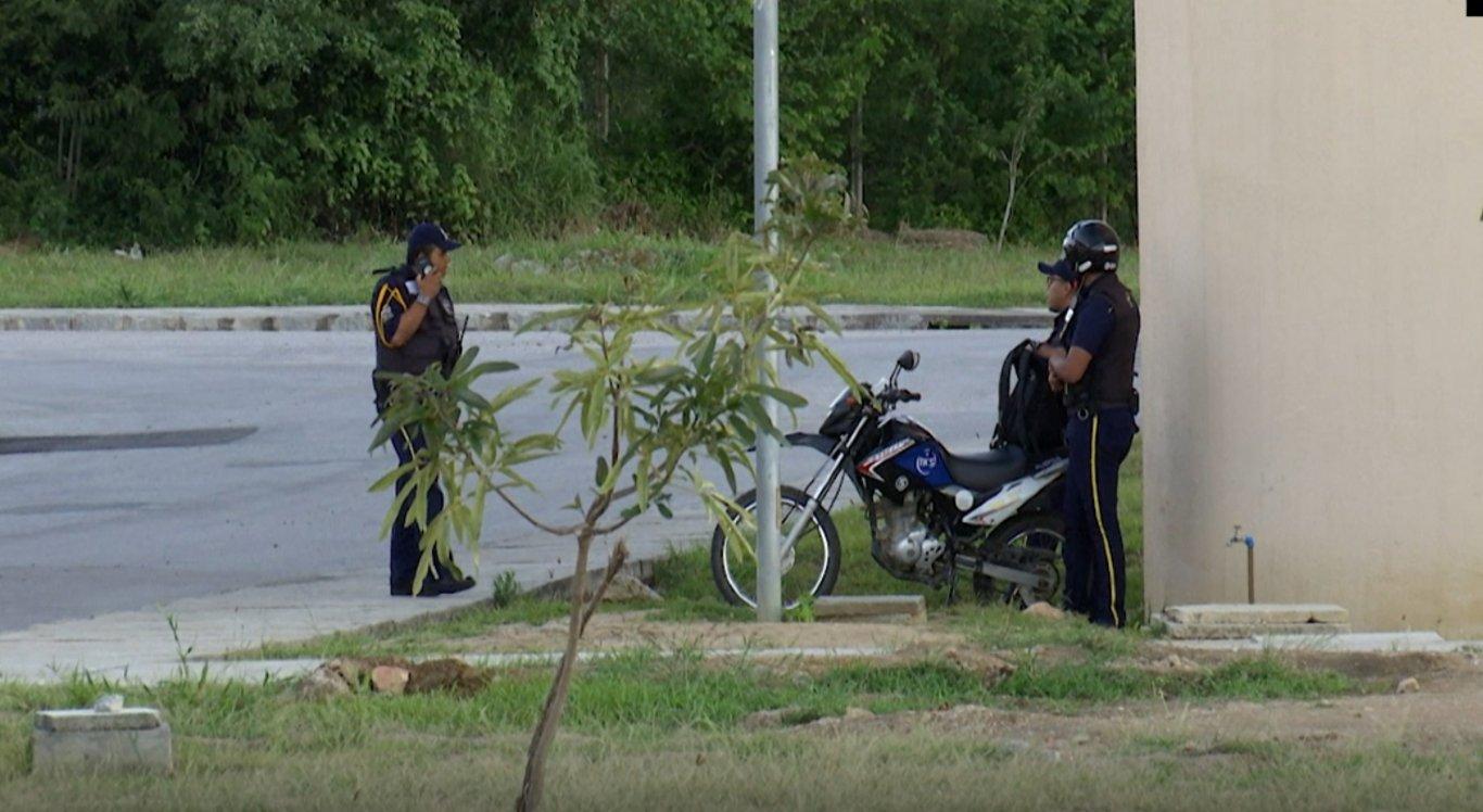 Dois revólveres foram levados durante a ação