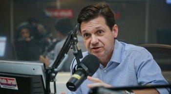 Prefeito Geraldo Julio no debate da Super Manhã