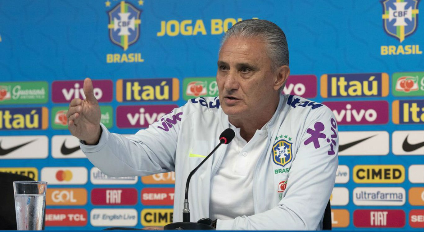 O técnico brasileiro Tite falou após a goleada do Brasil na seleção peruana