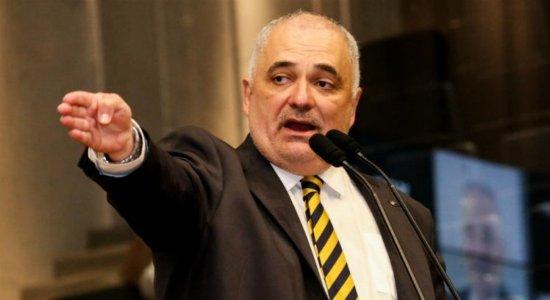 Deputado Marco Aurélio é acusado de violência doméstica pela mulher