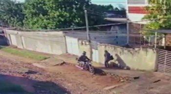 Assaltos foram registrados por câmeras de segurança