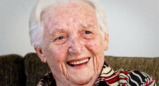 Aos 105 anos, morre Dona Elzita Santa Cruz, símbolo contra a ditadura