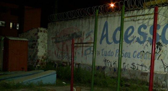 Praça em Rio Doce se encontra abandonada