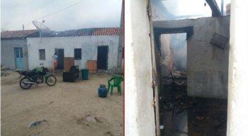 Casa de mulher incendiada pelo filho em Brejo da Madre de Deus