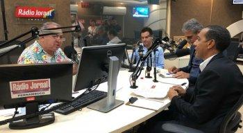 Comunicador Geraldo Freire comanda debate com prefeitos do Grande Recife