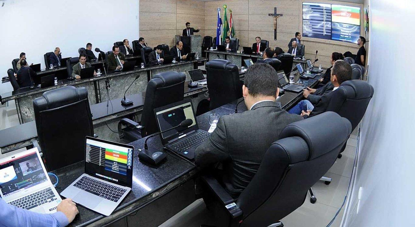 A Câmara Municipal realizou a 41ª reunião ordinária