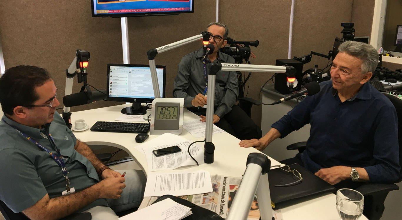 Deputado José Queiroz concedeu entrevista à Rádio Jornal Caruaru