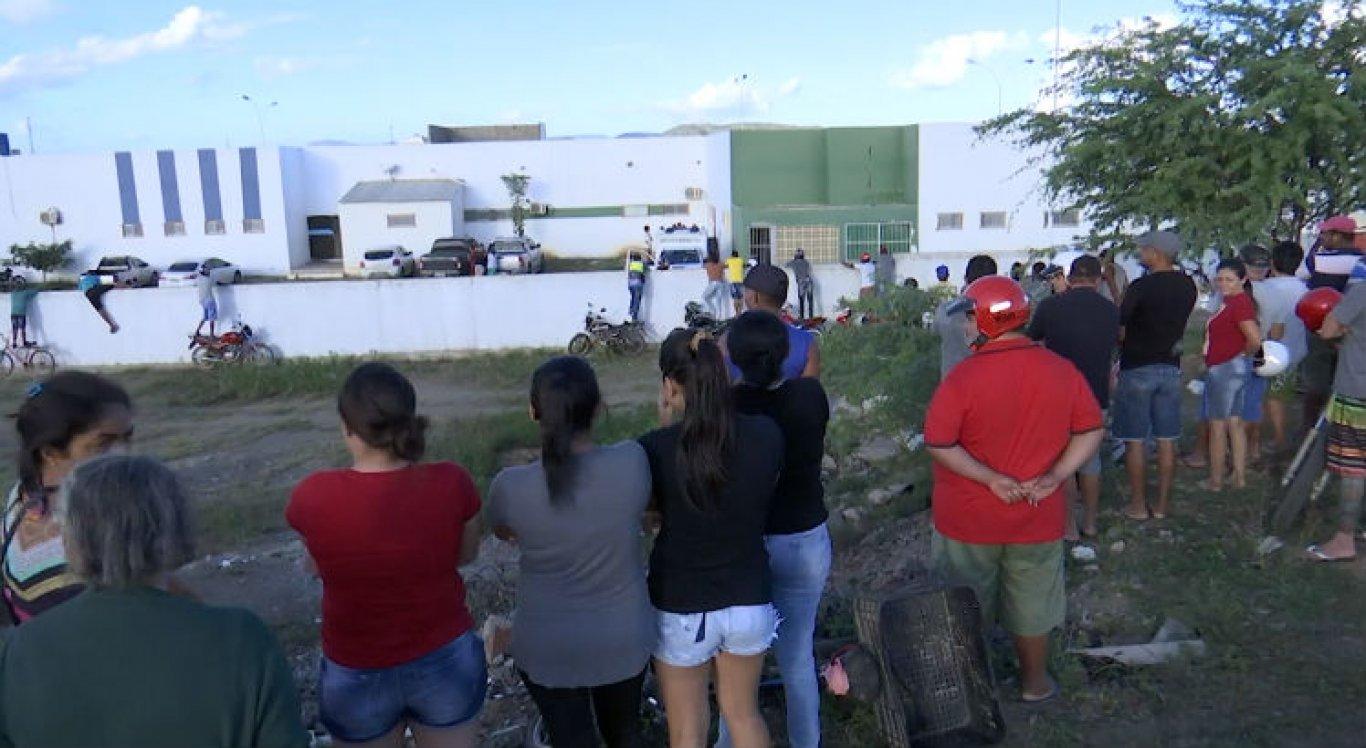Corpos foram levados inicialmente para a UPA de Santa Cruz do Capibaribe
