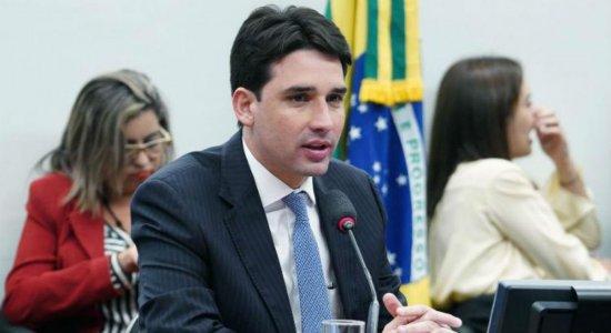 Ex-simpatizante do PT, Silvio Costa Filho defende reforma de Bolsonaro