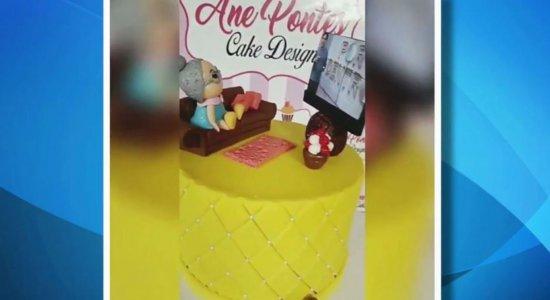 Moradora de Olinda ganha bolo com o tema do Por Dentro com Cardinot